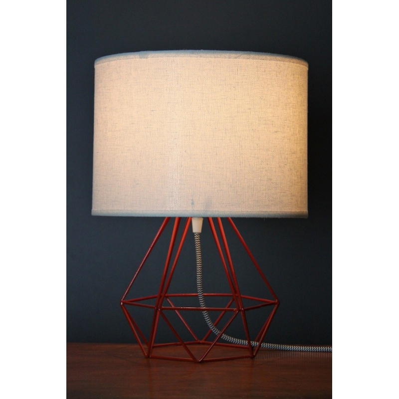 Empirical Style Table Light Red
