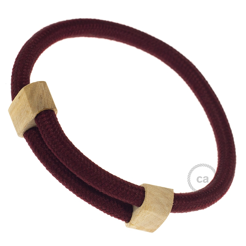Creative-Bracelet in Rayon solid color Bordeaux RM19. Wood sliding fastening. Made in Italy.