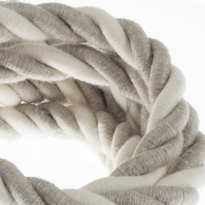 2XL electrical cord, electrical cable 3x0,75. Natural linen and raw cotton fabric covering. Diameter 24mm.